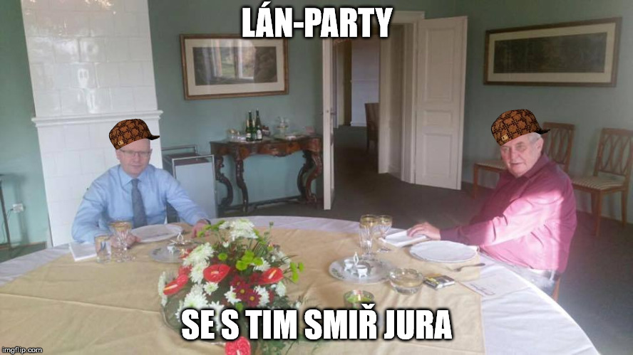 Premiér se sešel v Lánech s prezidentem, aby projednali výměnu ministrů. Nejžhavějším kandidátem na člena fronty úřadu práce se podle médií stal Jiří Dienstbier.