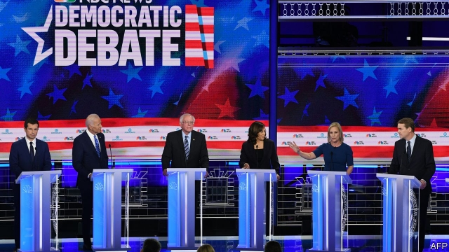 zdroj: https://www.economist.com/democracy-in-america/2019/06/28/joe-biden-struggles-in-the-democratic-primary-debate